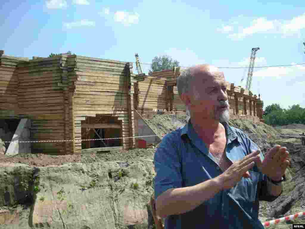 Про відновлення Батуринської фортеці розповідає директор інституту архіології НАНУ професор Володимир Коваленко