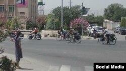 Иностранные велотуристы путешествуют по Таджикистану. Фото из социальных сетей.