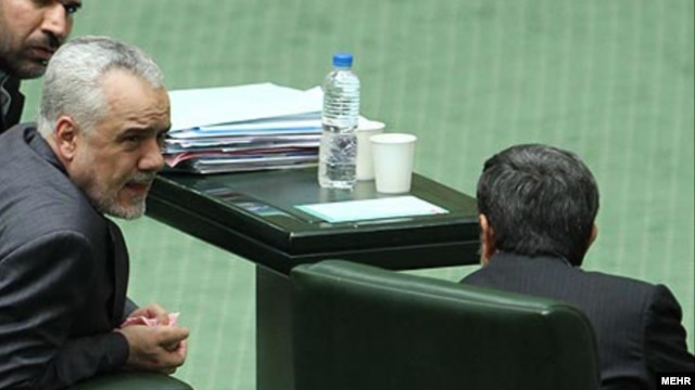 سمت چپ: محمدرضا رحیمی، معاون اول رئیس جمهور سابق ایران