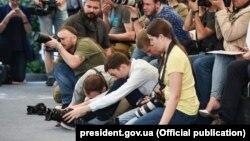 Журналисты в Киеве на пресс-конференции Порошенко, 3 июня 2016 года