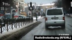 Під час проїзду кортежу Гройсмана на дорогах вимкнені світлофори