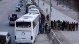 22-nji martda 30 çemesi awtobusa mündirilen pitneçi söweşijiler we olaryň maşgala agzalary Goutadaky Harasta şäherçesini terk etdiler.