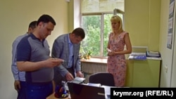 Борис Бабін прибув у офіс Представництва президента в АРК в Херсоні, 18 серпня 2017 року