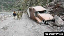 Gürcüstan-Rusiya yolunda torpaq sürüşməsi , 2014
