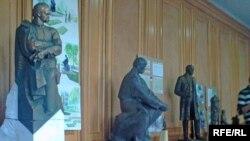 Конкурсні роботи виставлені в залі засідань міськвиконкому Івано-Франківська, 16 жовтня 2008 р.