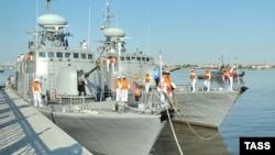 Астрахань портында тұрған ирандық әскери кемелер. Көрнекі сурет