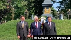 Ukraina, Poloniya ve Litvaniya Tış işler nazirleri Dmıtro Kuleba, Yatsek Çaputoviç ve Linas Linkâviçüs