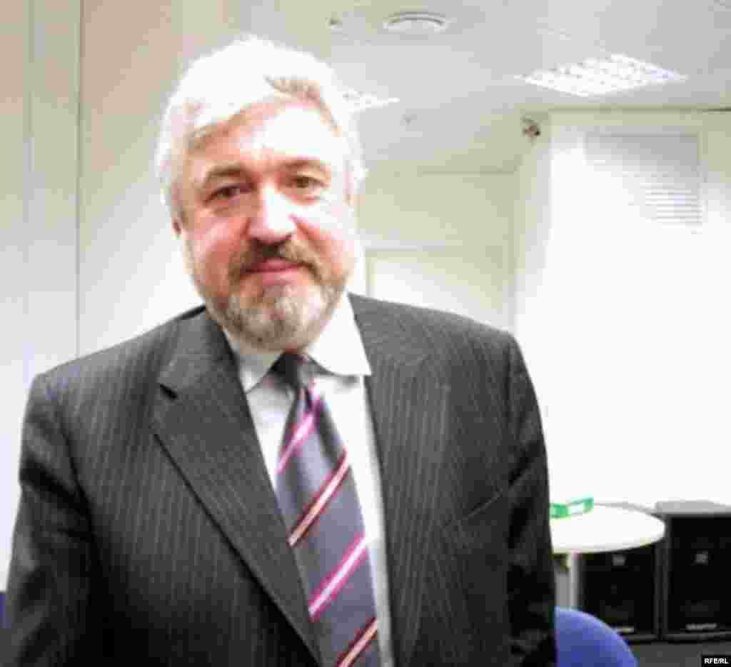 Депутат Государственной Думы России Валерий Зубов
