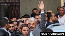 یحیی سنوار گفته است که شرط نخستوزیر اسرائیل برای قطع روابط حماس با ایران «توهم» است.
