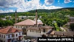 Одна з головних пам'яток окупованого Криму – Ханський палац у Бахчисараї