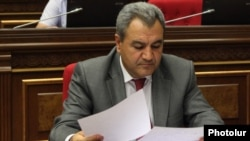 Armenia - Ishkhan Zakarian, head of the Audit Chamber, attends a parliament session in Yerevan, 17Jun2013.