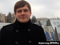 Сергій Костинський