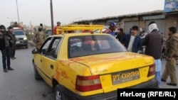 The passengers, who were travelling in a taxi, were all members of the Shi'ite Hazara minority.