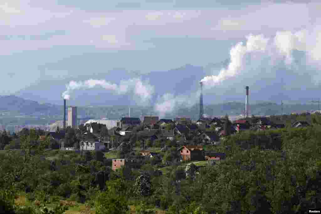 The chimneys of the copper foundry