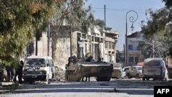 Pamje e një tanku të ushtrisë së qeverisë së Sirisë në një pjesë të Alepos, që ishte nën kontroll të kryengritësve