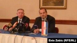 Ministri Čolak i Miljenić potpisuju sporazum o izručenju