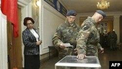 2005-жылдын бул күнү Кыргызстанда парламенттик шайлоонун биринчи айлампасы өткөн