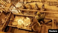 Боевики на посту во время визита главаря группировки «ДНР» Александра Захарченко на Юзовский металлургический завод. Донецк, 1 марта 2017 года