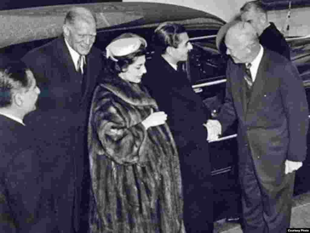 همراه دوایت آیزنهاور،رئیسجمهوری پیشین آمریکا