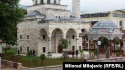 Общий вид на мечеть Ферхадия. Баня-Лука, 5 мая 2016 года.