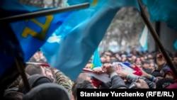 Мітинг 26 лютого 2014 року. Крим. Як це було (фотогалерея)