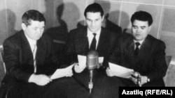 Сулдан уңга: Шиһабетдин Нигъмәти, Гариф Солтан, Аяз Хәкимоглы Азатлык студиясендә, Мүнхен, 1960нчы еллар