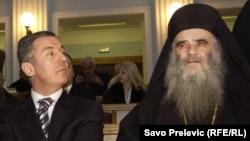 Milo Đukanović i Amfilohije, arhivska fotografija
