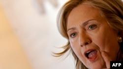 Госсекретарь США Хиллари Клинтон на пресс-конференции в Риме