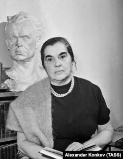 Юлия Солнцева, 1962 год
