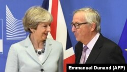 Theresa May și Jean-Claude Juncker (foto: arhivă)