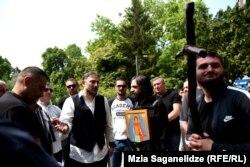 Националисты в очередной раз выступили против проведения ЛГБТ-марша