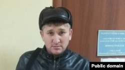 Гражданский активист Жанат Есентаев.
