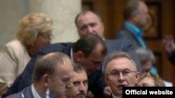 Під час пленарного засідання Верховної Ради України, 22 вересня 2009 року.