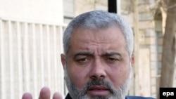از زمان اوجگيری درگيری ميان گروهای رقيب فلسطينی اين نخستين بار است که منزل مسکونی نخست وزير فلسطينی آشکارا و مستقيما هدف حمله قرار می گيرد.