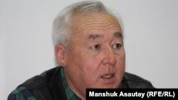 Қазақстан журналистер одағының жетекшісі Сейтқазы Матаев. Алматы, 24 желтоқсан 2012 жыл.