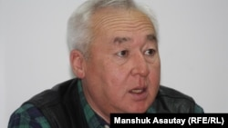 Сейтказы Матаев, председатель Союза журналистов Казахстана. Алматы, 24 декабря 2012 года.