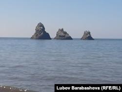 Скалы - символ Сахалина