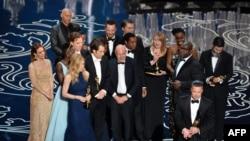 بازیگران و عوامل فیلم «دوازده سال بردگی» که برنده اسکار بهترین فیلم سال شد