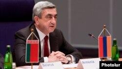 Չեխիա - Հայաստանի նախագահը ելույթ է ունենում Արևելյան գործընկերության առաջին գագաթնաժողովում, Պրահա, 7-ը մայիսի, 2014թ․