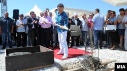 """Поставување камен-темелник на Технолошко-индустриска развојна зона """"Кичево"""" на 22 август 2012 година."""