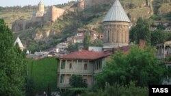 Pamje e qytetit të vjetër të Tbilisit