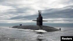 """АҚШ әскери-теңіз күштерінің """"Огайо"""" сүңгуір қайығы."""