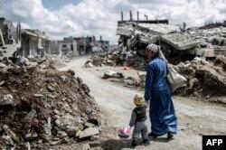 میلیونها شهروند سوری آواره شده یا از کشور گریختهاند