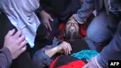 Один из погибших в Идлибе у границы с Турцией, 30 ноября 2011