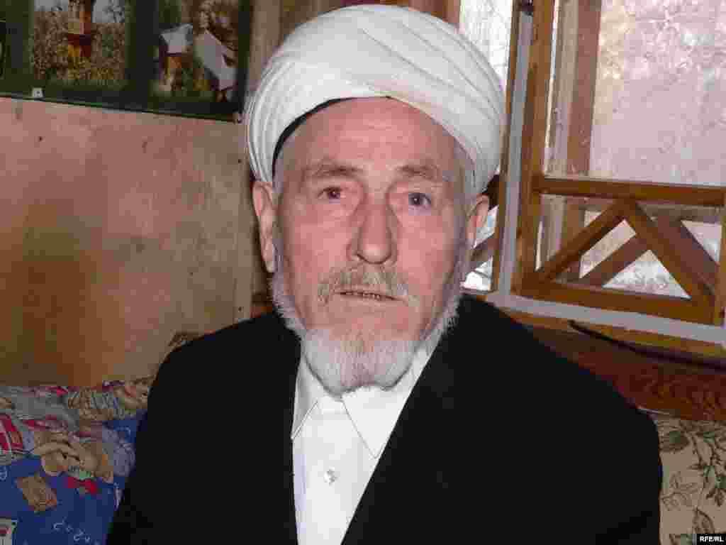 "Мәчет имамы Гыйлмулла хәзрәт Гашураны ""Пәйгамбәрләрне искә алу көне"" дип атады."
