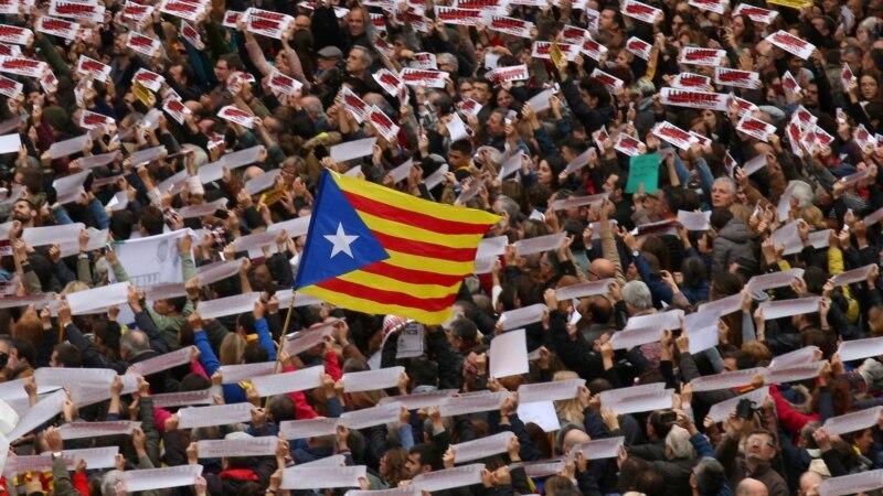 صدها هزار نفر در بارسلون خواستار آزادی جداییطلبان زندانی شدند