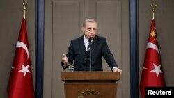 Presidenti turk, Recep Tayyip Erdogan në konferenc5 me gazetarë, 12 maj 2017