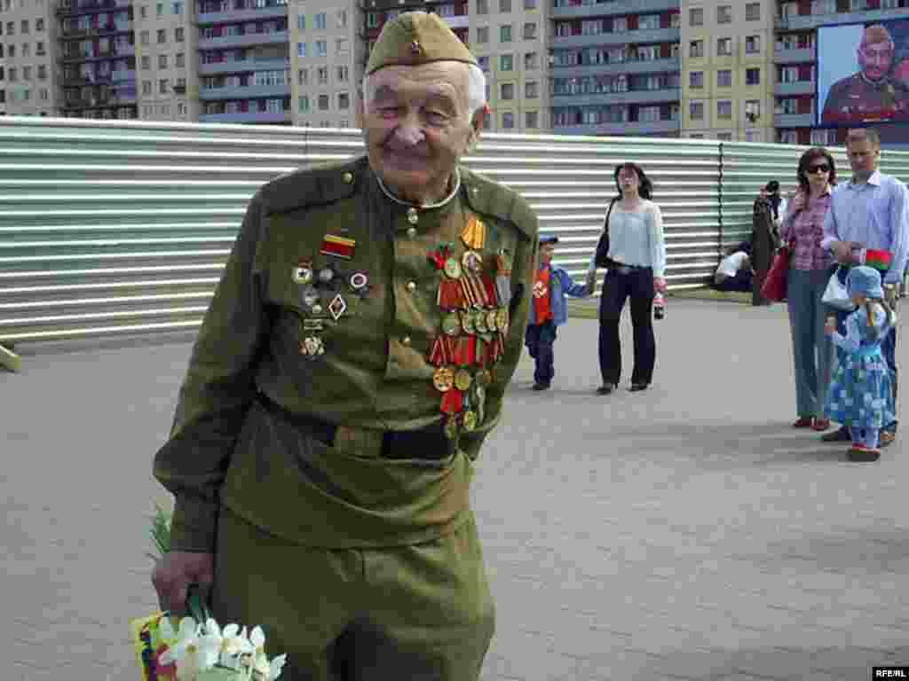 Ветеран війни у Вітебську (Білорусь) - Дзень Перамогі ў Віцебску