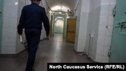 Тюремный корридор (иллюстративное фото)
