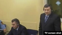 Ante Gotovina i Mladen Markač u sudnici 26. siječnja 2012.